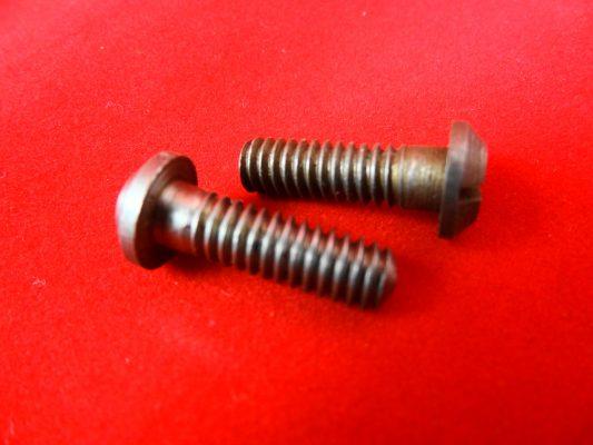 Crankcase mouth screws, pre-unit and unit 650, '68 on. Pre '68 Whitworth, per pair.