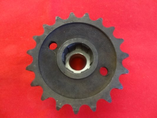 Triumph Gearbox sprocket unit 350/500 available in: 16/17/18/19/20. teeth.