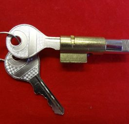 Triumph Steering lock and 2 keys, pre-unit & unit up to 1965.