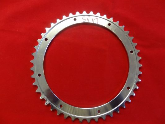 Triumph rear wheel detachable sprocket ring for p/unit with bolt-on drum, 46T (narrow) 37-0056