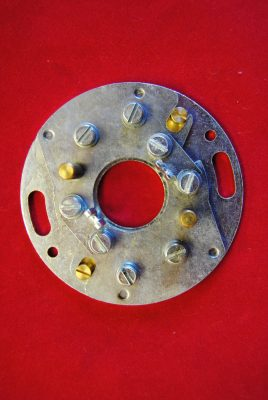 Triumph. Lucas contact / Base plate, 6CA  (54425160) fits all with remote condensers