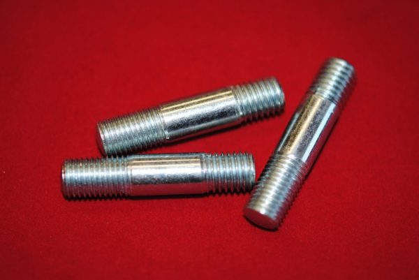 Triumph Mounting stud for stator for EL47, per 3.