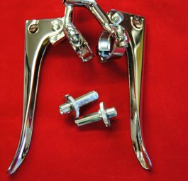 Handlebar levers, 1 inch fitting. Plain end with sliding adjusters c/w lever back bracket for horn/dipper switch. Made to the original factory drawing. Pair.