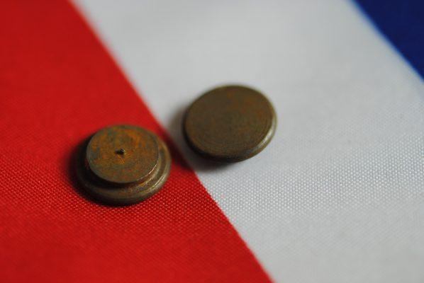 Thrust button for GB68, per pair.