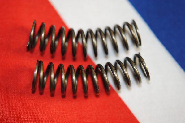 Quadrant return spring, curved, 'B' range, per pair