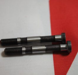 Triumph Big-end bolt and nut, unit 350/500 +T140 per pair.
