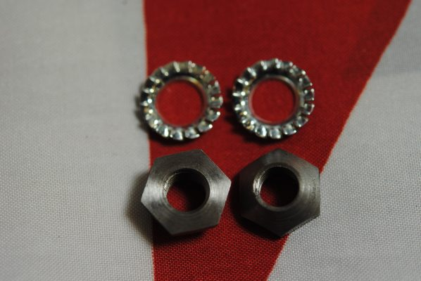 Triumph Oil pump tapered nuts and washers, post 68, per 4 items