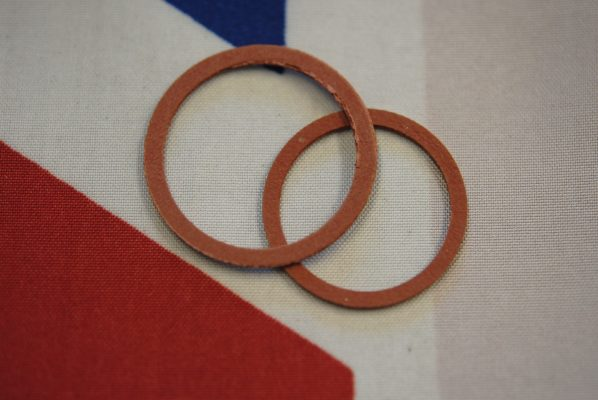 Triumph PRV washers for cap and body, per pair
