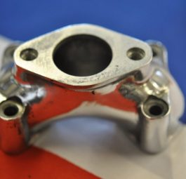 Triumph Single carburettor manifold 650cc NEW