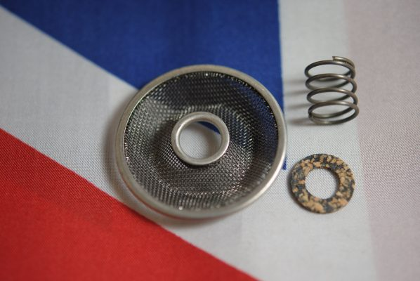 Triumph Crankcase filter, spring and washer, 'C' range.